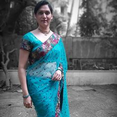 Beautiful Women Over 40, Saree Styles, Indian Beauty Saree, Desi, Plus Size, Actresses, Colours, Hot, Girls