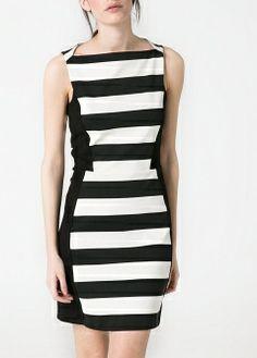 Perfect slimming dress!