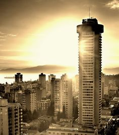 If you tell me it isn't beautiful, we can't be friends. Vancouver, one day I'll be there.