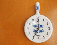 Folk Flowers Wall Clock : Vintage Limoges for the Kitchen Vintage Marketplace, Flower Wall, Clocks, Folk, Modern, Kitchen, Flowers, Handmade, Etsy