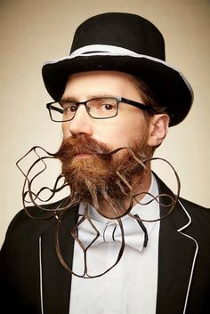 Competitors with facial hair fashioned into lavish shapes or decorated with feathers have entered the 2019 National Beard and Moustache competition in Chicago, including facial hair to rival Gandalf's. Crazy Beard, Full Beard, Moustaches, Bart Design, Badass Beard, Beard Tips, Beard Humor, Mane Event, Beard No Mustache