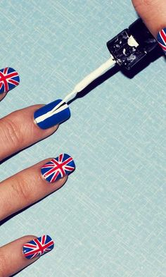 Union Jack nails. these are awesome :D