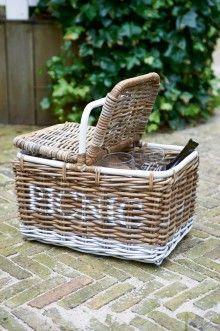 Je hoeft niet altijd de tuin uit om heerlijk te kunnen picknicken. #RMoutdoor #rivieramaison