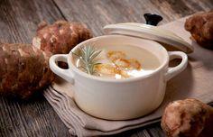 Pastinaaksoep met aardpeer http://ikkookmetbeka.be/nl/recept/pastinaaksoep-met-aardpeer