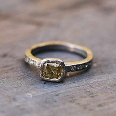 Ring white gold and yellow diamond Esther Assouline for Jewelry Designers Workshop.