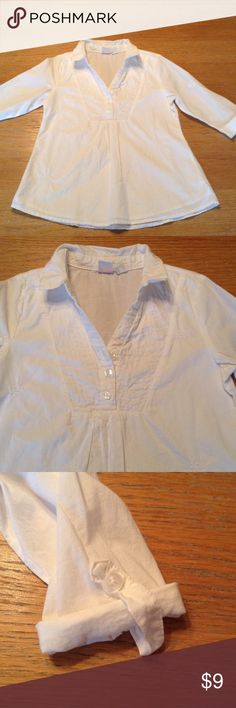 The Children's Place Girls Top Previously owned excellent condition 3/4 button down top with 3/4 sleeve.  Very cute-can be worn as dressy or casual. Children's Place Shirts & Tops Button Down Shirts