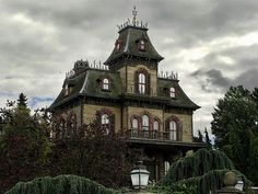 1000 Images About Cool Creepy Houses On Pinterest