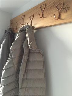 Oak and copper hall coat rack Hall Coat Rack, Entrance, Copper, Blanket, Bed, Home, Entryway, Blankets, Stream Bed