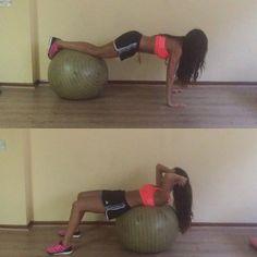 """""""Dos ejercicios abdominales con pelota @adidascl #adidasrunning #adidasteam #boost #entrenar #entrenamiento #tutorial #pelota #train #training #healthylife…"""""""