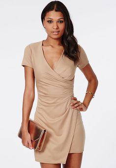 Los 10 Vestidos asimétricos que tienes que tener | Moda y Tendencias