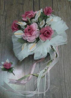 Gelin çiçeği Cutwork, Glass Vase, Floral Wreath, Wreaths, Drawings, Crafts, Home Decor, Bathroom, Flower Arrangements