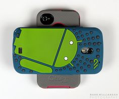 iPhone 4 vs Galaxy Nexus GSM
