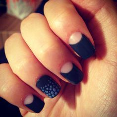 Half moon and dotted mani
