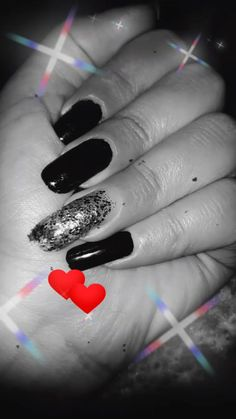 Hand Photography, Fashion Photography Poses, Bff Images, Wedding Gown Gallery, Really Cute Nails, Friend Birthday Quotes, Shadow Photos, Profile Pictures Instagram, Hand Pictures