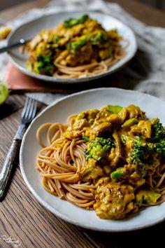 Sweet And Salty, Spaghetti, Food Porn, Vegetarian, Yummy Food, Snacks, Ethnic Recipes, Foods, Food Food