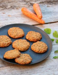 Healthy oat biscuits with carrot! Healthy Snacks, Healthy Eating, Healthy Recipes, Cookie Recipes, Dessert Recipes, Low Carb Keto, Sugar And Spice, Food Inspiration, Carrots