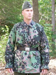 Waffen SS Type II M42 Mid to Late War Overprint/Plane Tree Number 3/4 Smock