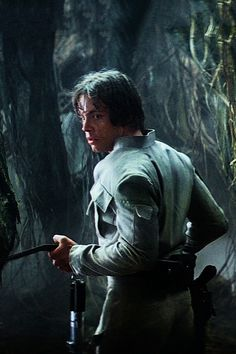 "tatooineknights: "" Luke Skywalker rebel fatigues appreciation post "" of Star Wars Cast, Star Wars Film, Mark Hamill, Saga, Star Wars Love, Star Wars Pictures, Star Wars Luke Skywalker, Star Wars Wallpaper, The Force Is Strong"