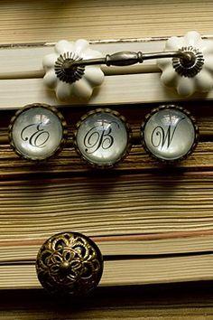 cursive knob