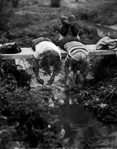 onlyoldphotography:  Yale Joel: Excellent set in Clarksville during spring with kids playing. 1953