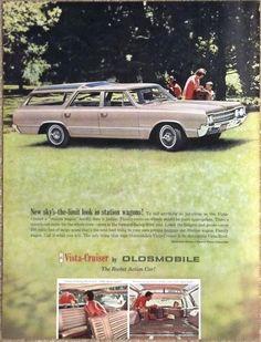 1964 Oldsmobile VISTA CRUISER Advertisement AD Luxurious Station Wagon
