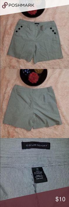 Courtenay Women's Size 14 Gray Dress Shorts Nice dressy striped shorts courtenay Shorts