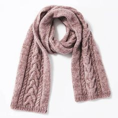 You want to knit a scarf with pigtails? Here you will find the matching knitting pattern! And the scarf warms you all winter. To knitting instructions: scarf with braids Source by annetteslominski Knit Hat For Men, Diy Scarf, Hooded Scarf, Knitted Shawls, Diy Clothes, Diy Fashion, Lana, Knitwear, Knitting Patterns
