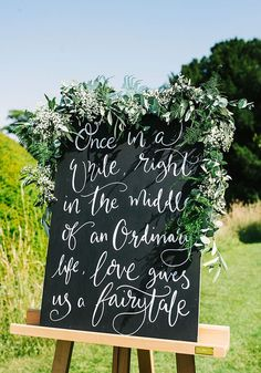 Are YOU having a chalkboard at your rustic outdoor wedding? You should be, and here are 3 ways to do it, whatever your reception decor style! Check out the BEST DIY and write it yourself wedding sign ideas on the Wedding Ideas website now!