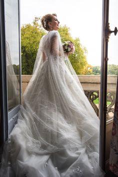 Featured today on @frenchweddingstyle Planner @wedding_in_france www.weddinginfrance.fr | Photographer @alina.sepp Сегодня наша свадьба на @frenchweddingstyle ! !! #TBT #организациясвадебвпариже #frenchweddingstyle #свадьбавпариже #свадьбавофранции #igersfrance #фотосессиявпариже #weddinginparis #nice #лазурныйберег #хочувпариж #weddingflowers #noiva #conciergeservices #свадьбазаграницей #свадебныйорганизатор #Wedding_in_France #париж #франция #pariswedding #weddingparis #casamentoemparis