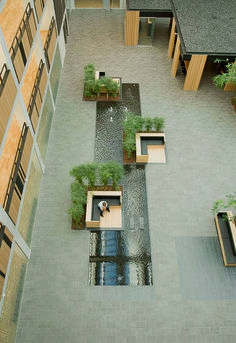 Courtyard garden multi user office plh arkitekter seating interjecting water feature 35 shades of the rainbow in one pretty city Landscape Architecture Design, Urban Architecture, Landscape Architects, Water Architecture, Building Architecture, Architecture Courtyard, Revival Architecture, Architecture Awards, Urban Furniture