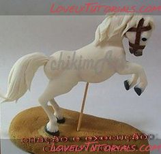 horse tutorial made out of fondant