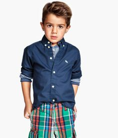 Shop the latest trends and discover our high quality clothing at the best price. Toddler Boy Haircuts, Little Boy Haircuts, Toddler Boys, H&m Fashion, Fashion Kids, Toddler Fashion, Little Boy Fashion, Baby Boy Fashion, Outfit Primavera