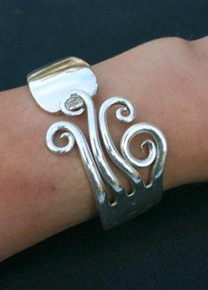 Bracelet fourchette articulé,manche rond mode, bijoux original, artisanal, fait main