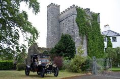 Barberstown Castle Dublin Airport, Dublin City, Country House Hotels, Blue Books, Medieval Castle, Luxury Shop, 16th Century, Countryside, Castle Weddings