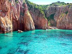 A UNESCO World Heritage Site since the Scandola Nature Reserve is one of the idyllic places of Corsica. Corsica Travel, Bonifacio, Beau Site, Paradise On Earth, World Of Color, Nature Reserve, Adventure Is Out There, France Travel, Beautiful Beaches