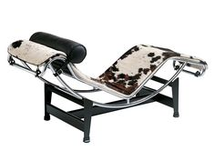 Cassina LC4 Chaise Longue by Le Corbusier, Pierre Jeanneret, Charlotte Perriand, 1928 - Designer furniture by smow.com