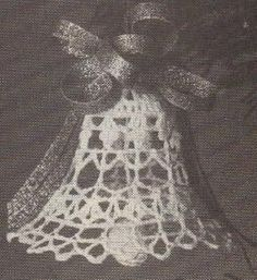 free crochet Christmas Bell pattern