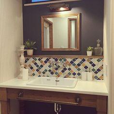 女性で、2LDKのコラベル/モロッコ/バス/トイレについてのインテリア実例を紹介。「洗面台です。モロッコ風…なイメージで。なってないか(笑)」(この写真は 2014-01-05 20:05:27 に共有されました)