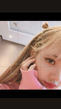 Selfies of our queen Kim Jennie, Taehyung, Bts Jungkook, Blackpink Icons, Ft Tumblr, Chica Cool, Lisa Blackpink Wallpaper, Lisa Bp, Black Pink Kpop