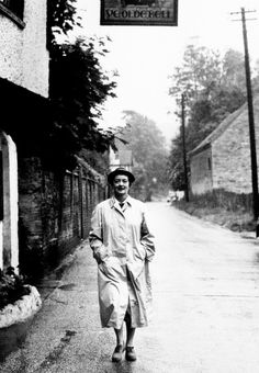 Bette Davis taking a country walk in Berkshire, England, in 1958.  With a lack of offers for parts, Davis placed adverts in the movie press around this time, and work was soon forthcoming.