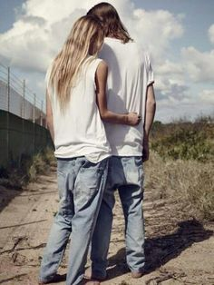 Love #oldschool #levis #couple #california #jeans #longhair #style #cool
