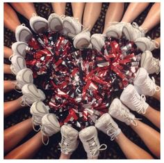 Cheer....cool pic...Michelle you think we can do this??