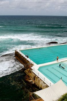 Everyone loves a great swimming pool. The 20 best pools on earth taking swimming to a whole new level! Sydney Australia, Australia Travel, Places To Travel, Places To See, Travel Around The World, Around The Worlds, Bondi Icebergs, Australian Icons, Travel Goals