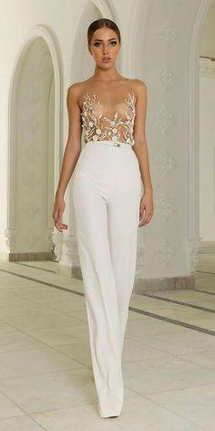 wedding pantsuit via abed mahfouz Style Haute Couture, Couture Fashion, Runway Fashion, Womens Fashion, Fashion Trends, Abed Mahfouz, White Fashion, Look Fashion, Fashion Design