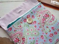 Couture facile - Pas à pas pour coudre des pochettes - Idéal débutantes ! Easy sewing - Step by step images for small bag - perfect for beginners Tutorial pa...