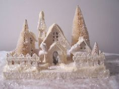 IVORY VINTAGE LOOK GLITTER MICA PUTZ CHRISTMAS HOUSE VILLAGE* BETHANY LOWE