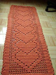 Crochet heart runner, filet work ♥LCD♥ with diagram