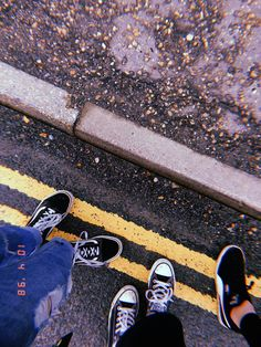 have a walk wit my friends yesterday uwu . Aesthetic Photo, Aesthetic Pictures, Photos Tumblr, My Photos, Insta Photo Ideas, Instagram Story Ideas, Tumblr Photography, Aesthetic Wallpapers, Instagram Feed