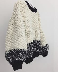 "861 Likes, 9 Comments - Trendy Tricot (@trendy_tricot) on Instagram: ""Black and white by @goldfreckles . #tricot #knitting #knittersofinstagram #inspiration #pull…"""