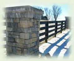 horse fence - Google Search Pasture Fencing, Horse Fencing, Horse Barns, Future Farms, Entrance Ideas, Dream Barn, River House, Fence Ideas, Corals